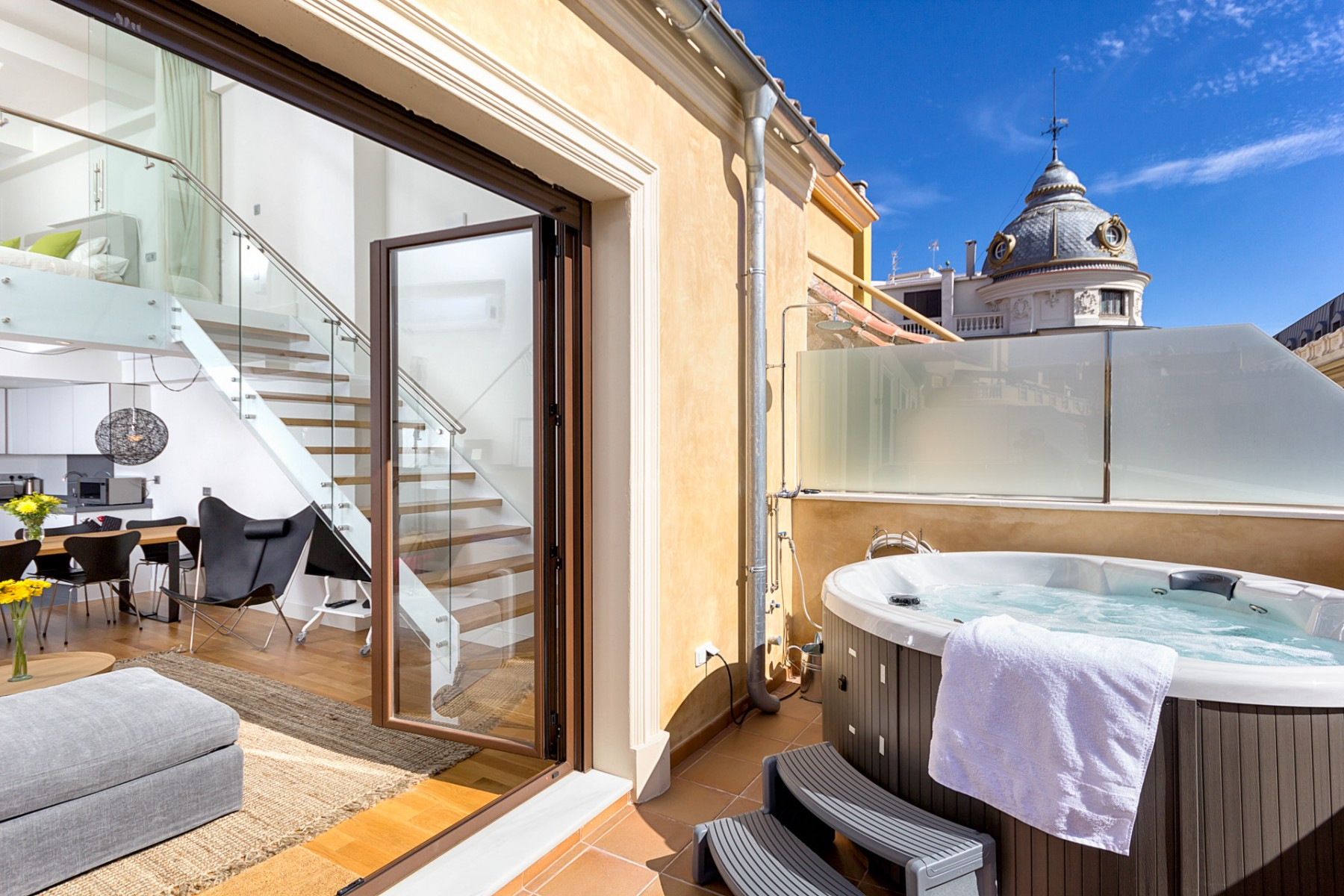 Luxury Penthouse With Jacuzzi In The Heart Of Malaga City CentreBritta