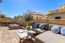 Apartment in Málaga - Kim - Holiday penthouse in Malaga